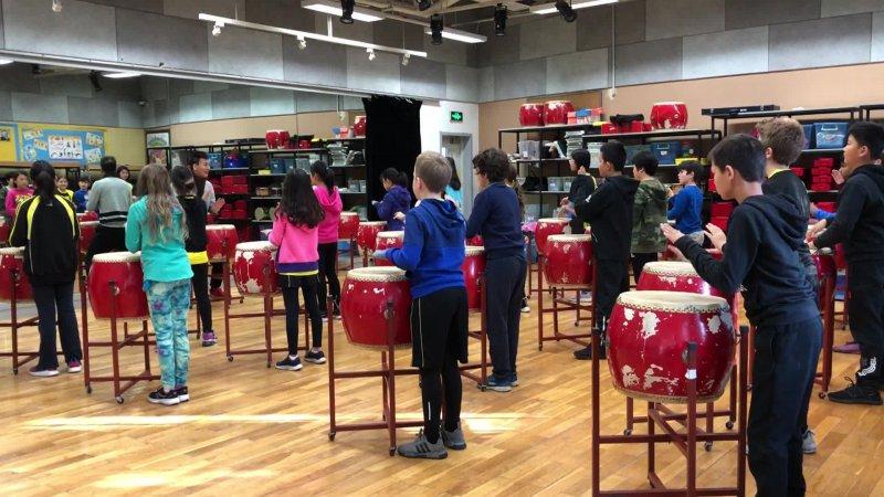 5B Drumming