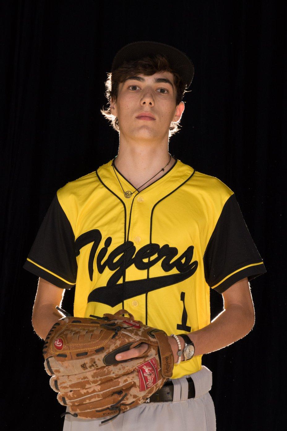 Season 1 WABX HS Varsity Portraits 100