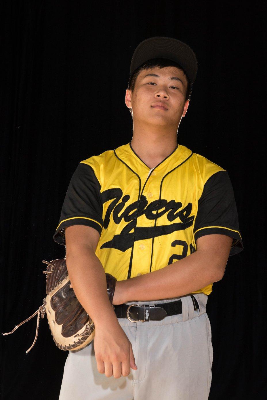 Season 1 WABX HS Varsity Portraits 103