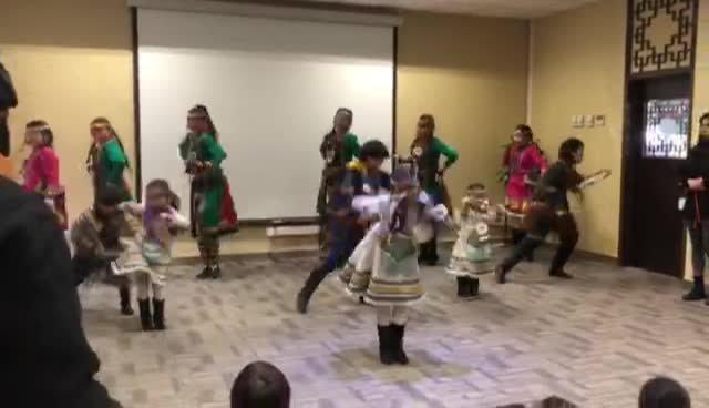 Ewenki Children performance
