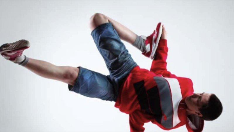 PHE Capoeira Crit A